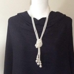 Beautiful Faux Pearl Necklace